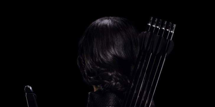 Katniss Strikes An Inception/Dark Knight/Many Other Movies Pose On This Mockingjay Poster
