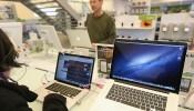 Apple Hopes For Strong Christmas Season