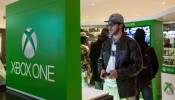 Microsoft's New X-Box Holds Midnight Sales Launch In New York's Times Square