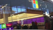 Black Friday Apple Store vs. Microsoft Store
