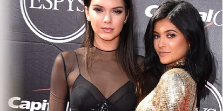 Kendall Jenner Will Not Spare Kylie For Plump Pout-Injections Controversy, Here's The Truth!