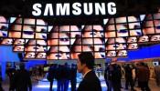 Samsung Galaxy S7 Photo Leaked Online.