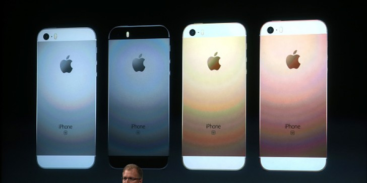 What iPhone Fatigue? iPhone Takes No. 1 Spot On Holiday Wish Lists Survey