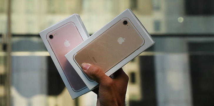 iPhone 7 Latest News & Update: Apple Says The Latest Flagship Has A Movie-Like Video; Why It's a Good Time To Buy The Apple Product?