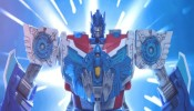 Transformers: Robots in Disguise - 'Optimus Prime & the Annoying Decepticon' Stop Motion Video