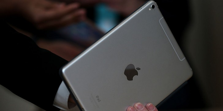iPad Pro 2 Release Date, Latest News & Update: Current iPad Sales Send Off Mixed Signals For Tablet Sequel