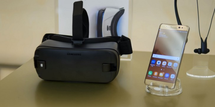 Oculus Release Date, Latest News & Update: Oculus Brings Social Activities To VR; Party & Hangout Rooms Added To Samsung Gear VR