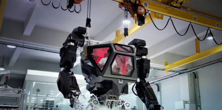 Korean Tech Firm Taps Ex-Blizzard Designer To Develop A Real Working Mech Simiar To 'Titanfall' & 'Star Wars' [Watch]