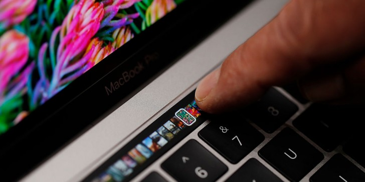 Apple Latest News & Update: Consumer Reports Deals MacBook Pro 2016 Big Blow, Poor Battery Life Persists