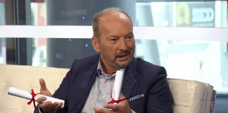 Peter Moore News: 'FIFA 17' Builder's Journey Towards EA Resignation