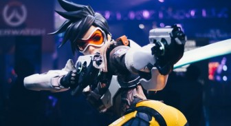 Overwatch vs. CS:GO - Which One Should I Play?