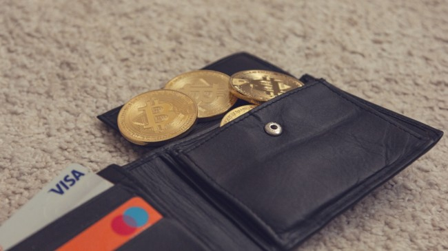 What is a Bitcoin Wallet? – Few Things to Look for Before Picking a Bitcoin Wallet!
