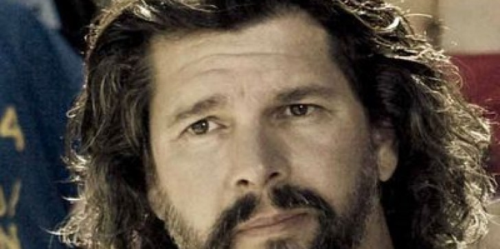 Battlestar Galactica writer to write time-travel show Outlander for Starz